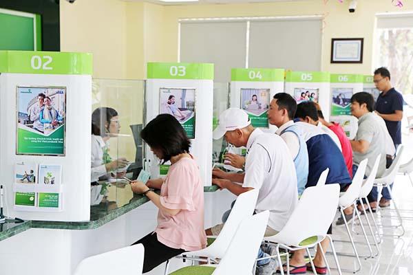 Nạp tiền vào tài khoản ngân hàng Vietcombank bằng thẻ điện thoại